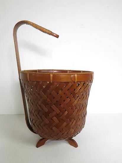 Bamboo/ratan basket