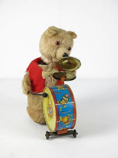 Musical bear - Japan
