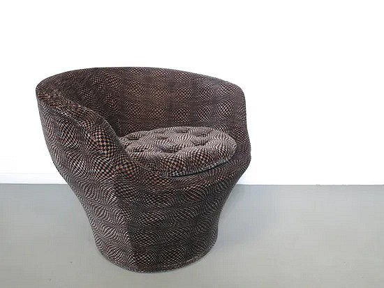 Cocktail chair with Vasarely print