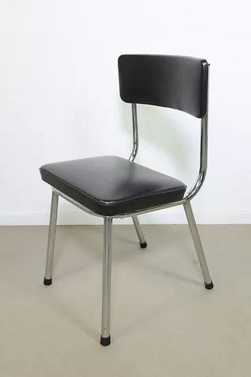 Chromed tubular children's chair
